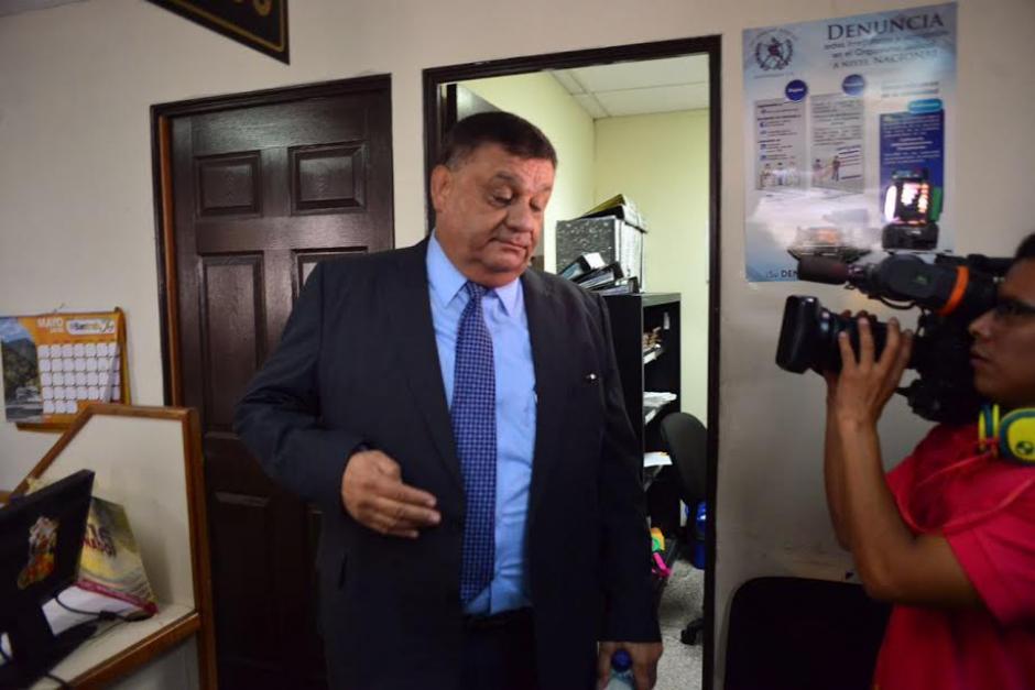 El exdiputado Carlos Herrera se entregó a las autoridades por un caso de plazas fantasmas. (Foto: Jesús Alfonso/Soy502)