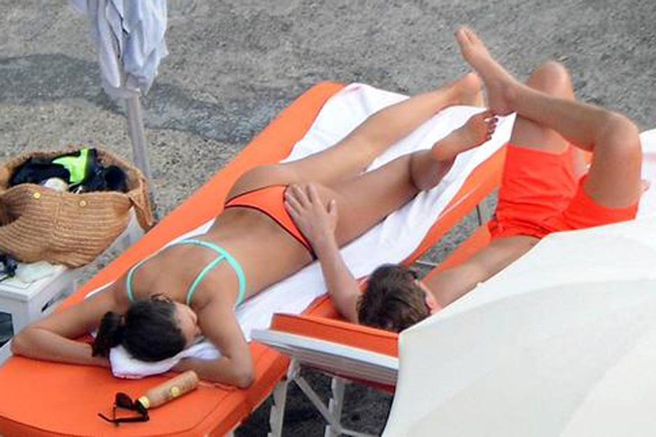 Cooper y Shayk se vieron muy cariñosos durante sus vacaciones en Italia. (Foto: mujeres.elsalvador.com)