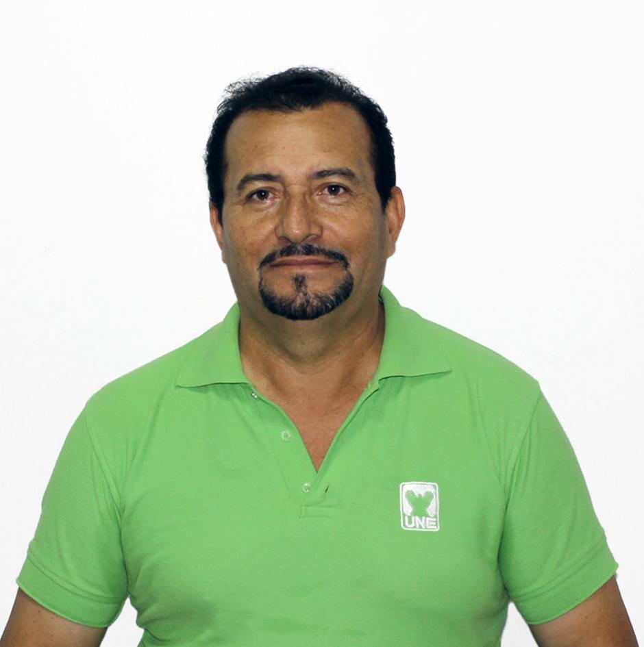 Sergio García es un abogado y notario que se postuló con la Unidad Nacional de la Esperanza para ser el alcalde de Chinautla.