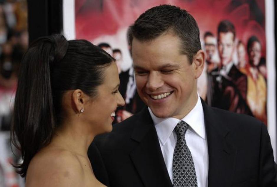 Matt Damon junto a su esposa, Luciana Barroso. (Foto: Twitter)