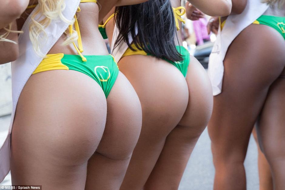 Candidatas a Miss Bumbum 2015 paralizan las calles de Sao Paulo. (Foto. AFP)