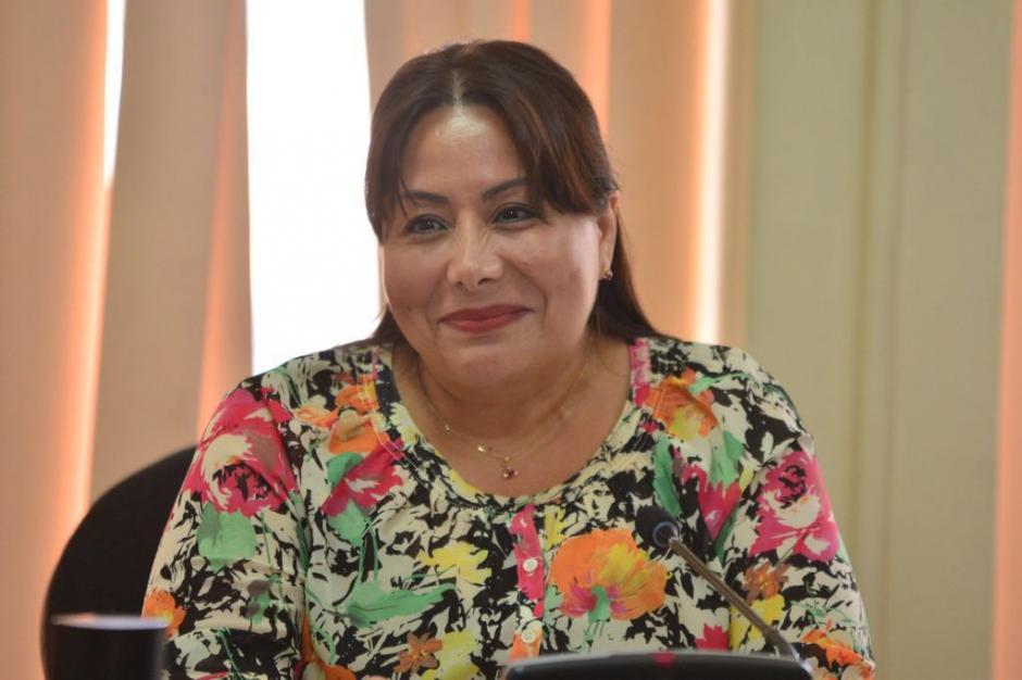 La jueza Silvia Violeta de León programó tres semanas para realizar la audiencia de etapa intermedia. (Foto: Jesús Alfonso/Soy502)