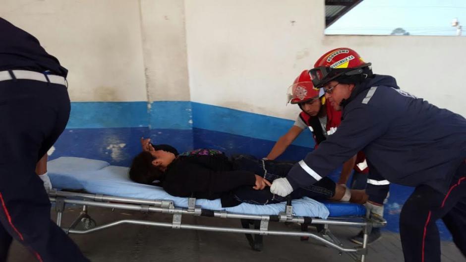 Los heridos fueron trasladados hacia el Hospital Nacional de Chimaltenango. (Foto: Bomberos Municipales Departamentales)
