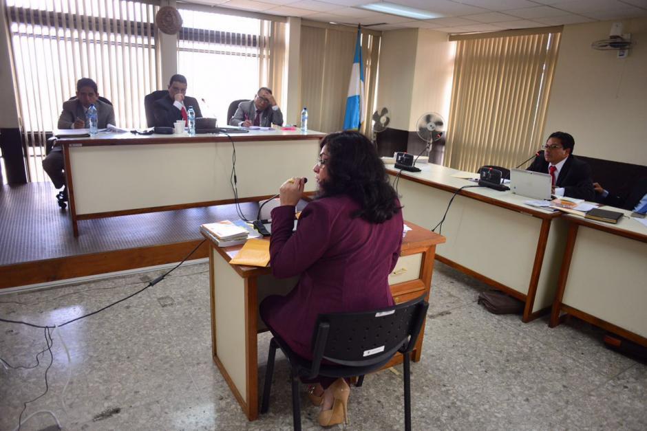 La exjueza Jisela Reinoso durante la audiencia en su contra en el Tribunal Tercero de Sentencia Penal. (Foto: Jesús Alfonso/Soy502)