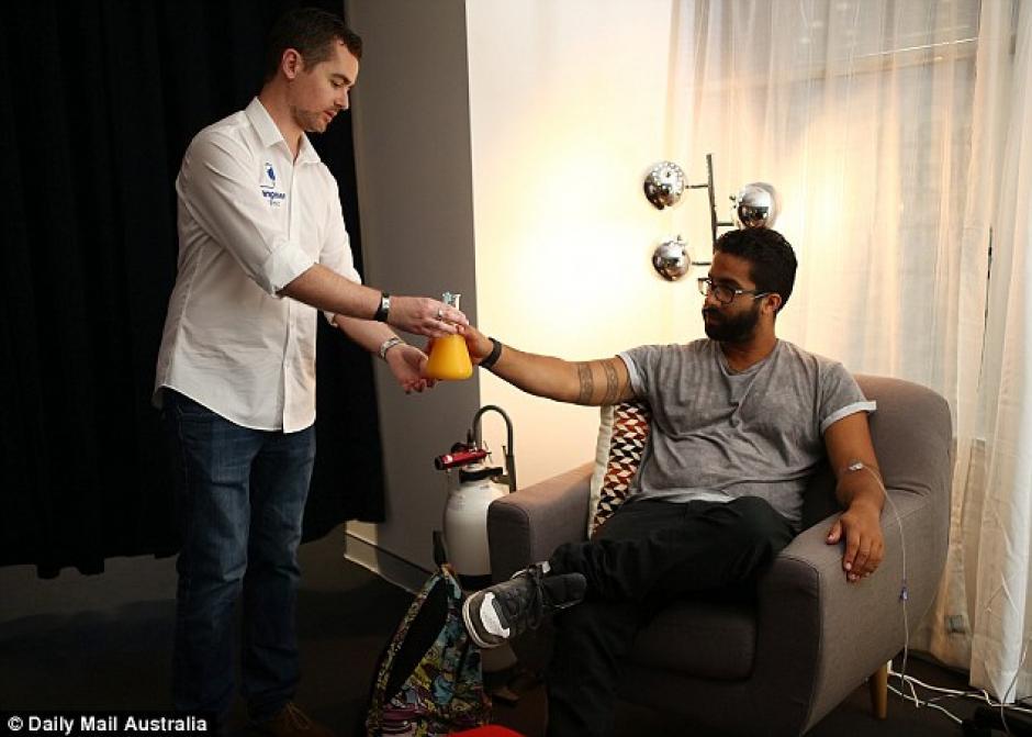 Hangover Clinic ha tenido gran éxito al tratar las secuelas de la resaca. (Foto: Daily Mail)