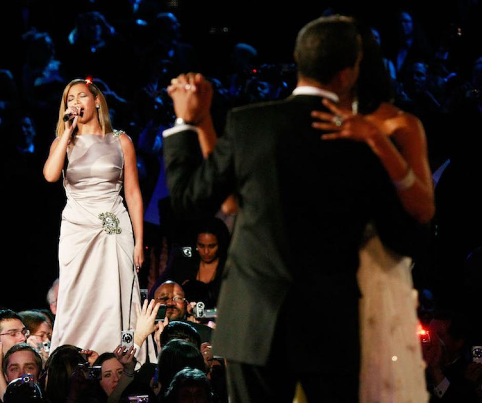 Beyonce Interpretó la canción en el primer baile de la pareja presidencial en 2009. (Foto: nuevamujer.com)
