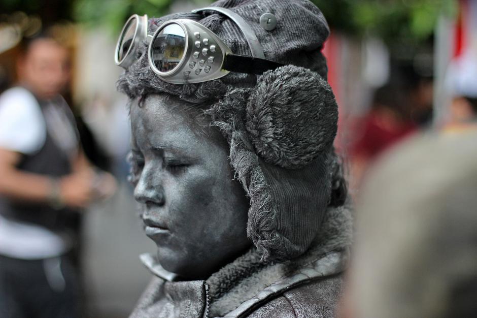 La aviadora Amelia Earhart fue representada.