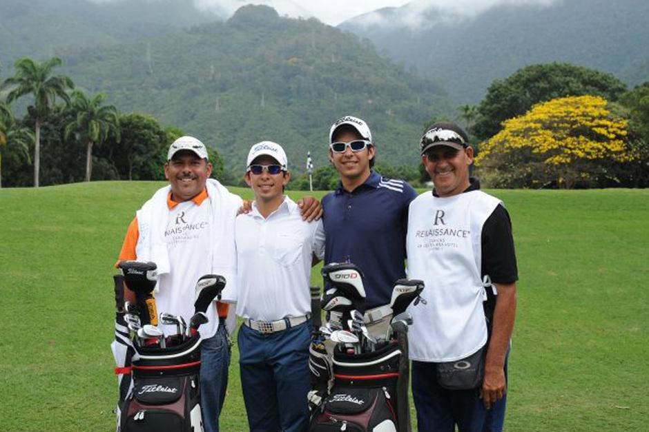 Pablo Acuña (Blanco) y José Toledo (Azul), representarán a Guatemala en el PGA Tour Latinoamérica que inicia este jueves en Colombia