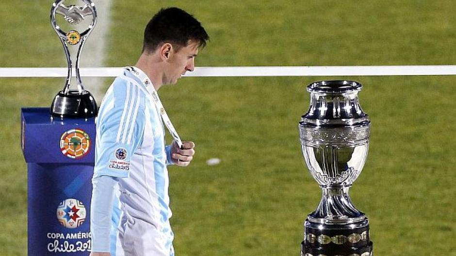 En la final de la Copa Centenario le tocó sufrir a Messi los penales. (Foto: Archivo)