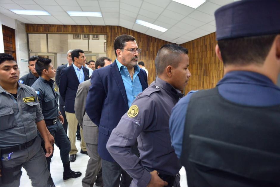 Los sindicados realizaron una fila para su ingreso a la Sala de Vistas de la CSJ. (Foto: Jesús Alfonso/Soy502)