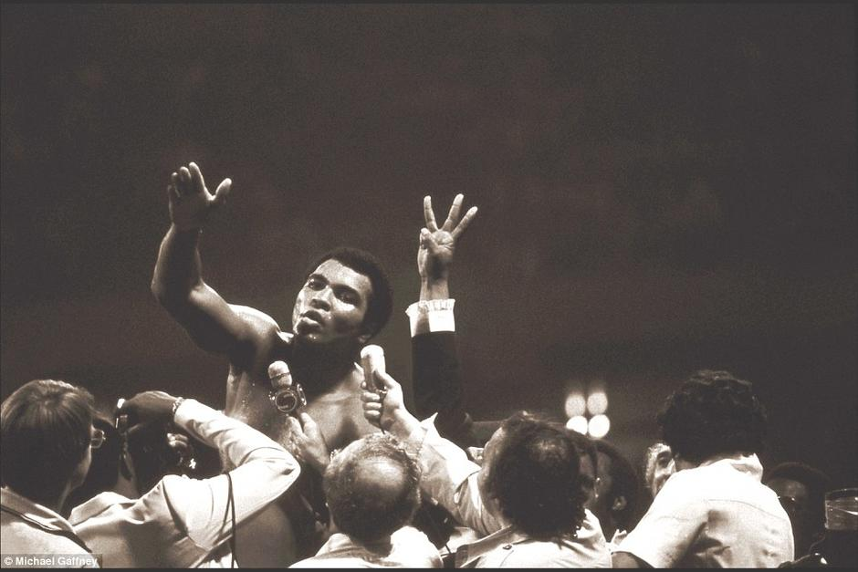 Esta fotografía es una de las más famosa de Muhammad Ali. (Foto: Times)