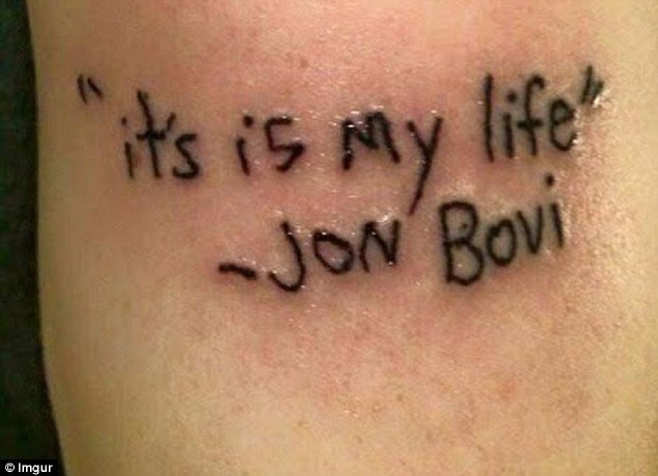 Una falta de ortografía arruinó algo que debería durar para toda la vida. (Foto: Daily Mail)