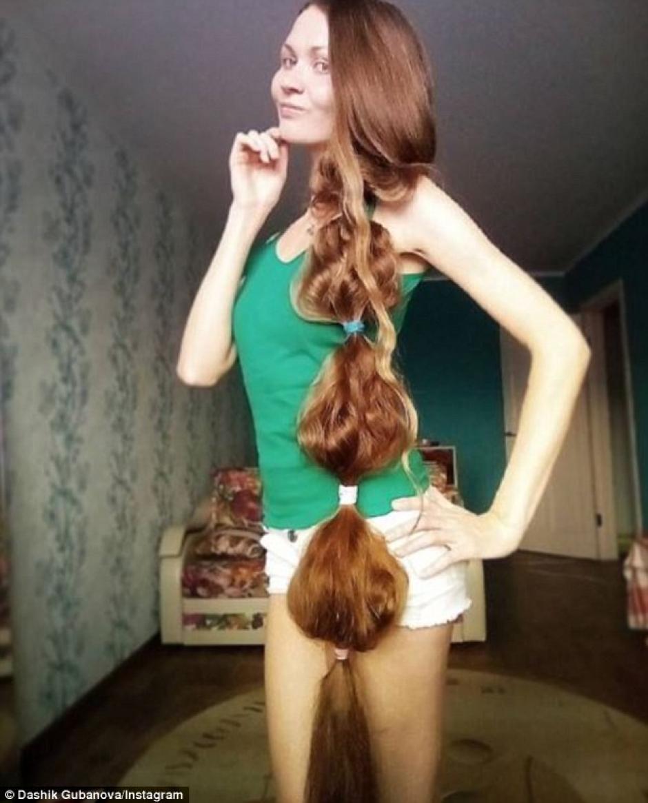 Muchos de su seguidores se preguntan cómo se las arregla para secar el cabello. (Foto: Instagram/dashik_gubanova)