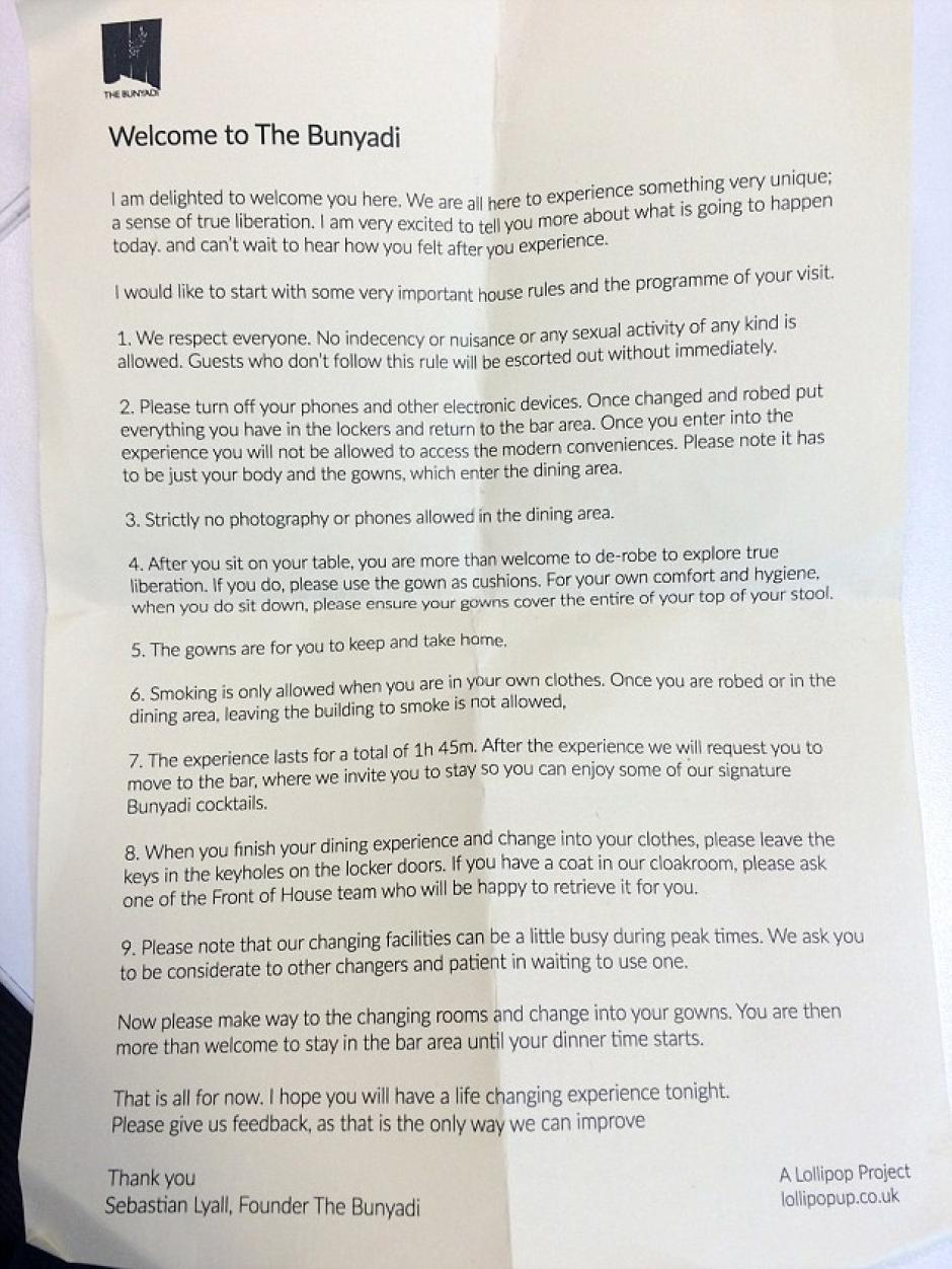Al entrar, los clientes reciben un listado de las reglas a cumplir para no ser expulsado del restaurante. (Foto: Daily Mail)