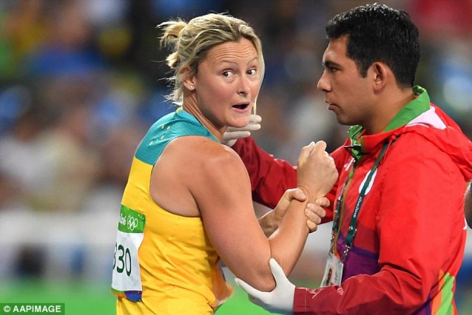 La australiana tuvo que ser sedada para que le arreglaran el hombro. (Foto: dailymail.co.uk)