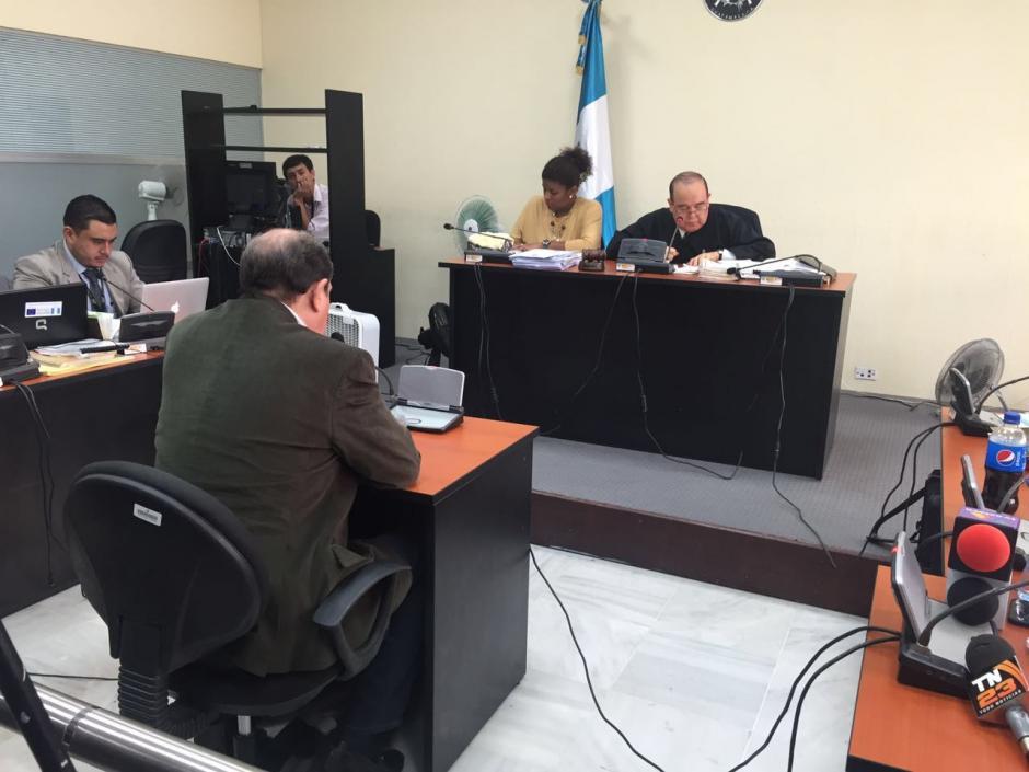 El exdirector del congreso se identificó como abogado ante el Juez. (Foto: Jesús Alfonso/Soy502)
