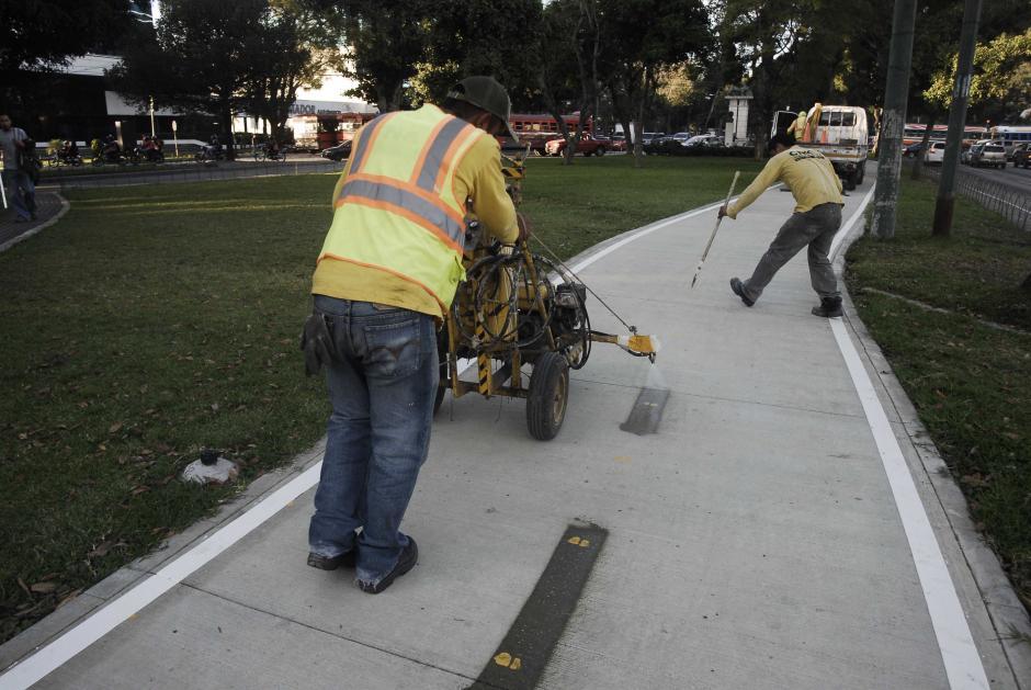 """El tramo de la Avenida la Reforma, del proyecto """"Del mapa al papa"""", ya está terminado. (Foto: Jesús Alfonso/Soy502)"""