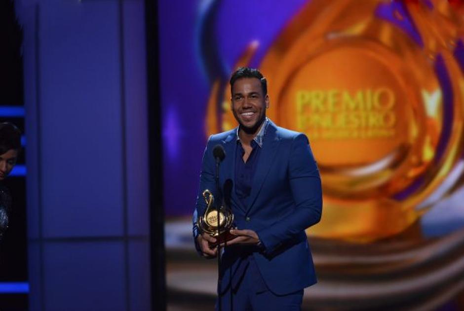 """El primer ganador de la noche por Video del Año fue Romeo Santos, con """"Propuesta Indecente"""". (Foto: Premios lo Nuestro)"""