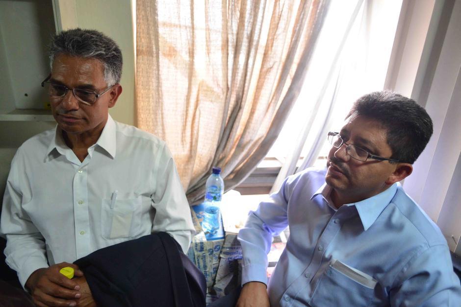 Álvaro Omar Franco Chacón y Carlos Muñoz, ambos es jefes de la SAT. (Foto: Archivo/Soy502)