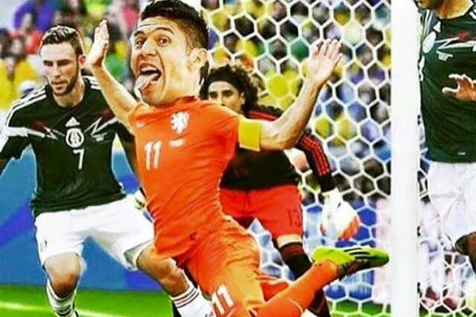 Oribe Peralta protagonizó un polémico penal en el juego entre México y Costa Rica