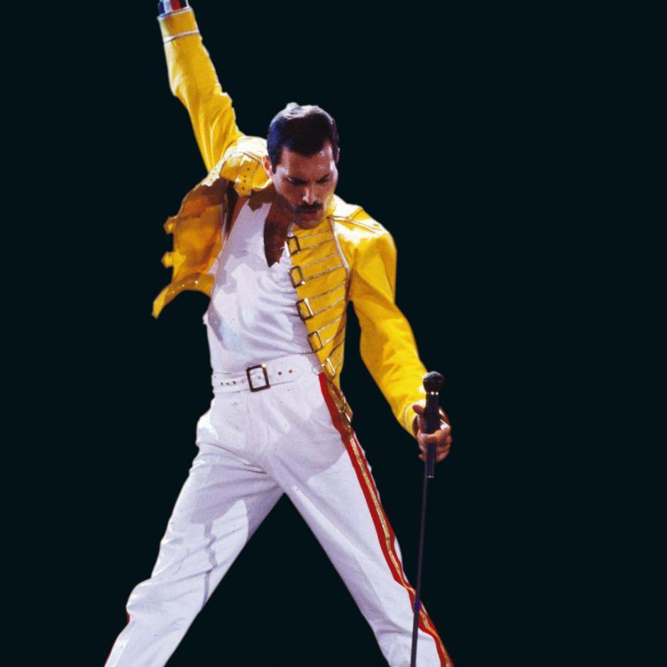 Farrokh Bulsara era el nombre oficial de Freddie Mercury.(Foto: infobae.com)