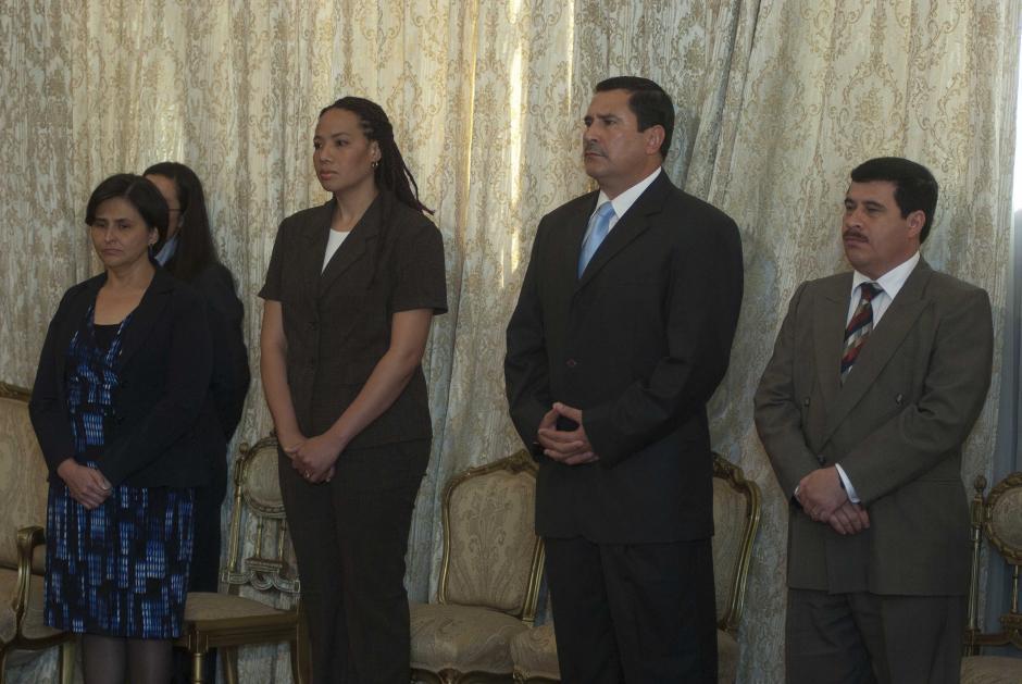 De izquierda a derecha, María Castro, exministra de Finanzas; Michelle Martínez, exministra de Ambiente y Recursos Naturales y Ulises Anzueto, exministro de Defensa, también fueron señalados en diversos casos. (Foto: Archivo/Soy502)