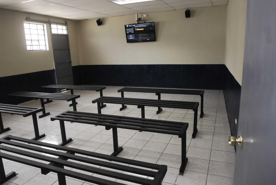 Más de medio millón de quetzlales fueron empleados para la construcción de las dos salas de videoconferencia (Foto: Jesús Alfonso/Soy502)