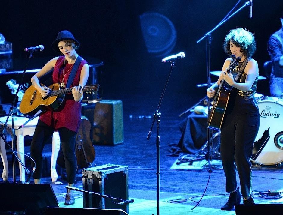 Gaby compartió escenario con su hermana Tita Moreno. (Foto: Selene Mejía/Soy502)