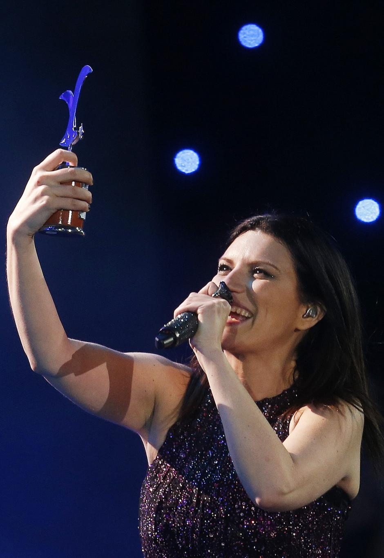 Más de 15.000 personas disfrutaron de las 2 horas de espectáculo que dio la italiana Laura Pausini. (Foto: EFE)