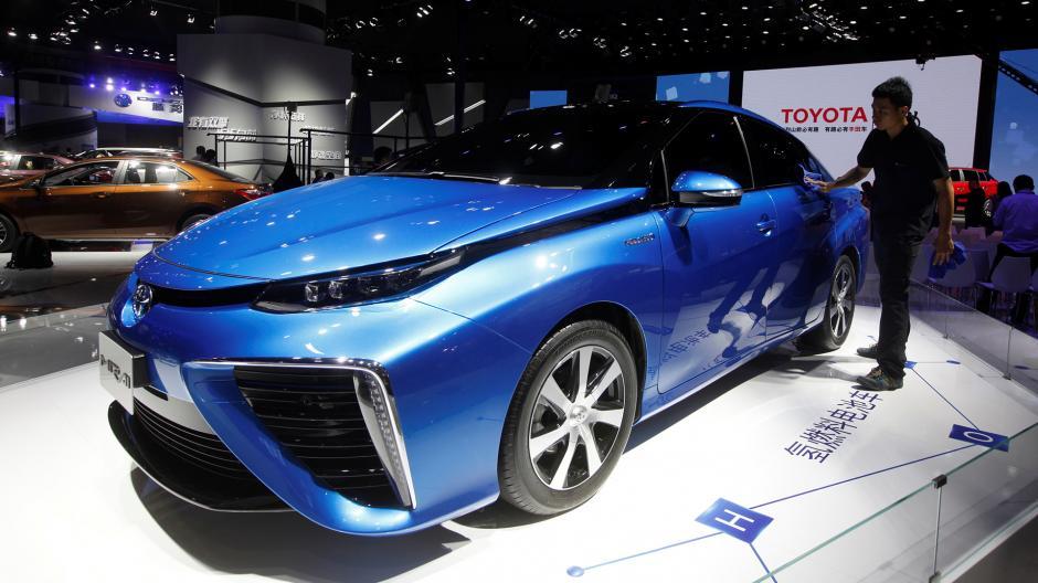 Un modelo Mirai de la japonesa Toyota. (Foto: Infobae)