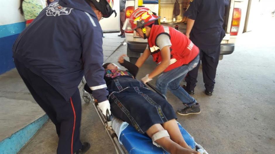 Se desconocen las causas que provocaron el percance vial en Tecpán, Chimaltenango. (Foto: Bomberos Municipales Departamentales)
