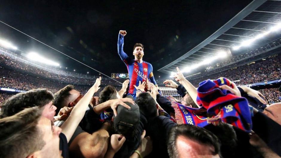 Santiago Garcés fue el autor de la foto que corona a Messi en una gran remontada. (Foto: Santiago Garcés/FC Barcelona)