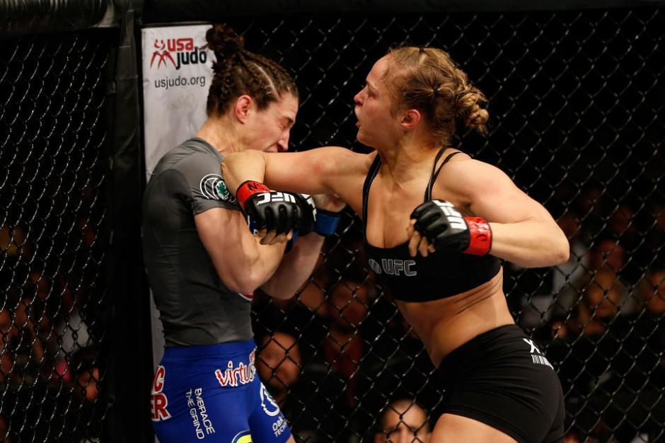 Ronda Rousey - Sara McMann, UFC 170