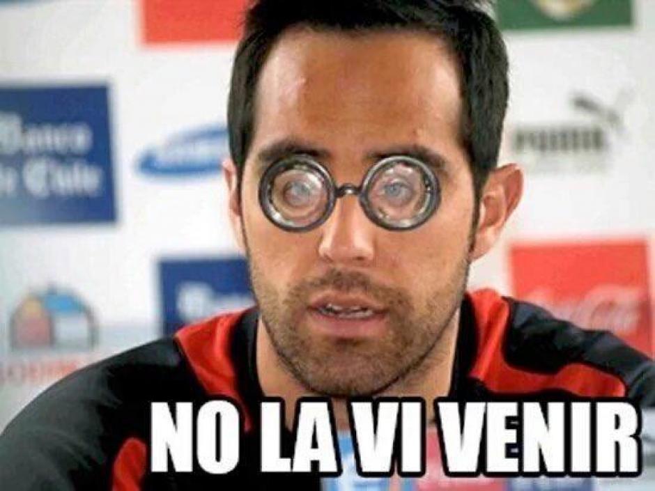 Claudio Bravo sufrió dos goles en contra en los que pudo haber hecho más. (Foto: Twitter)