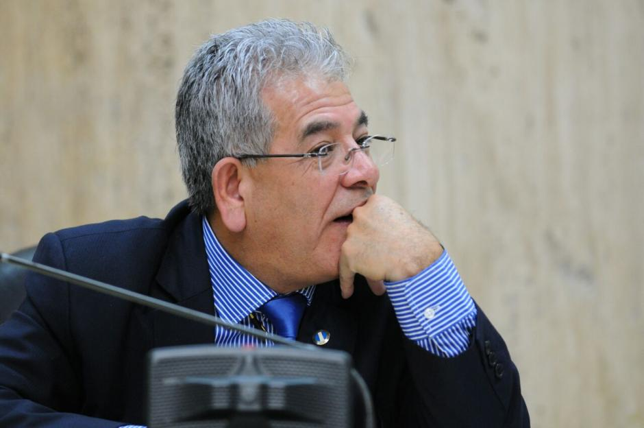 """El juez de Mayor Riesgo """"B"""", Miguel Ángel Gálvez escucha a la abogada de CICIG.  (Foto: Alejandro Balán/Soy502)"""
