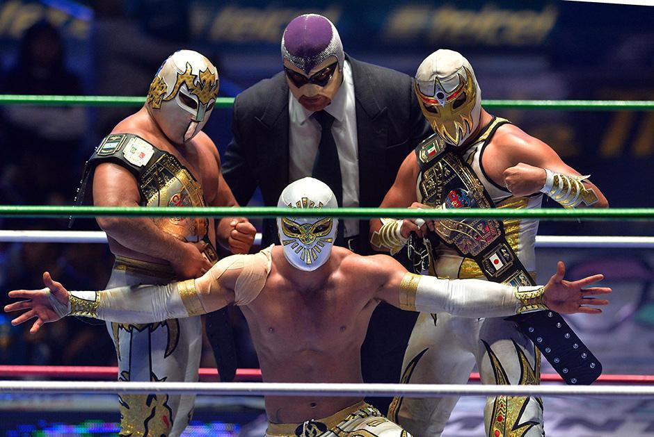 La lucha libre, los disfrazes, máscaras, cabelleras se han convertido en parte de la identidad cultural de los mexicanos y mexicanas.