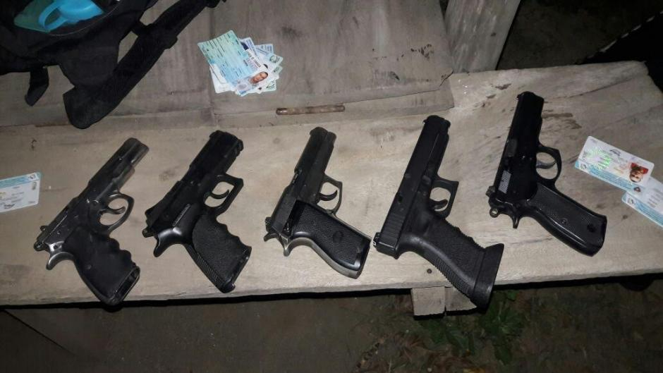 La PNC también incautó siete armas de fuego. (Foto: PNC)