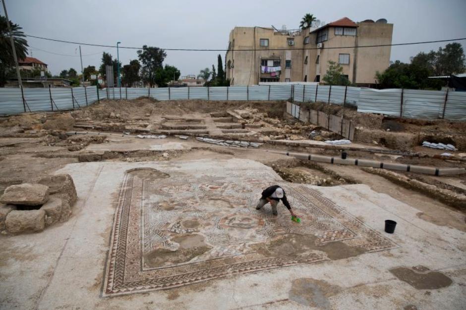 El mosaico se encuentra perfectamente conservado luego de 1,700 años de haber sido elaborado. (Foto: gizmodo.com)
