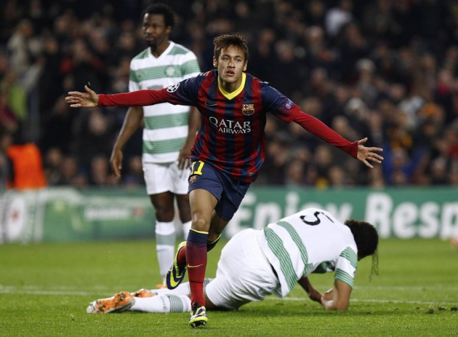 Neymar anotó su primer gol en la Champions con el Barcelona y de paso consiguió un triplete. (Foto: Quique García/AFP)