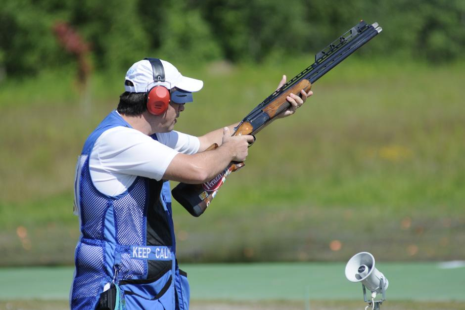 Herbert Brol ganó la medalla de oro en tiro con doble foso en los Juegos Panamericanos de Toronto 2015. (Foto: Pedro Mijangos/Soy502)