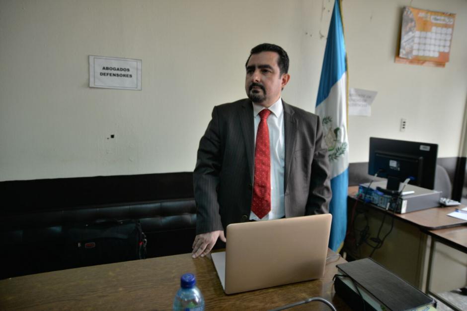 Por el mismo caso debe enfrentar juicio el abogado Vernon González.  (Foto: Wilder López/Soy502)