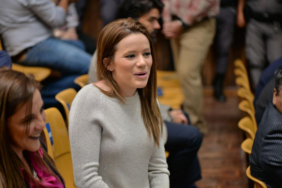 La exasistente de Roxana Baldetti, Daniela Beltranena es sindicada de haber comprado motocicletas con dinero de sobornos. (Foto: Wilder López/Soy502)