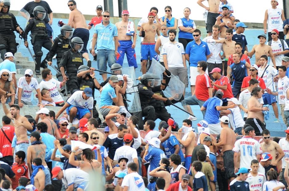 incidentes, nacional, uruguay, futbol, renuncia dirigentes