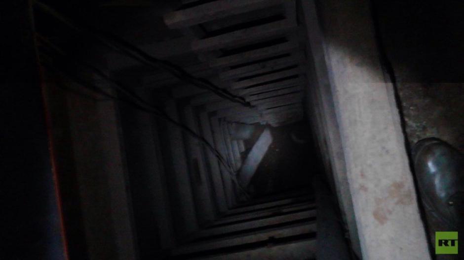 Por medio de este túnel, el capo mexicano pudo salir de una prisión de máxima seguridad sin ser visto por los custodios. (Foto: RT Actualidad)