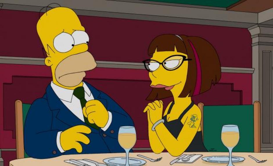 Homero empieza a salir con una chica 20 años menor que él. (Foto: Internet)