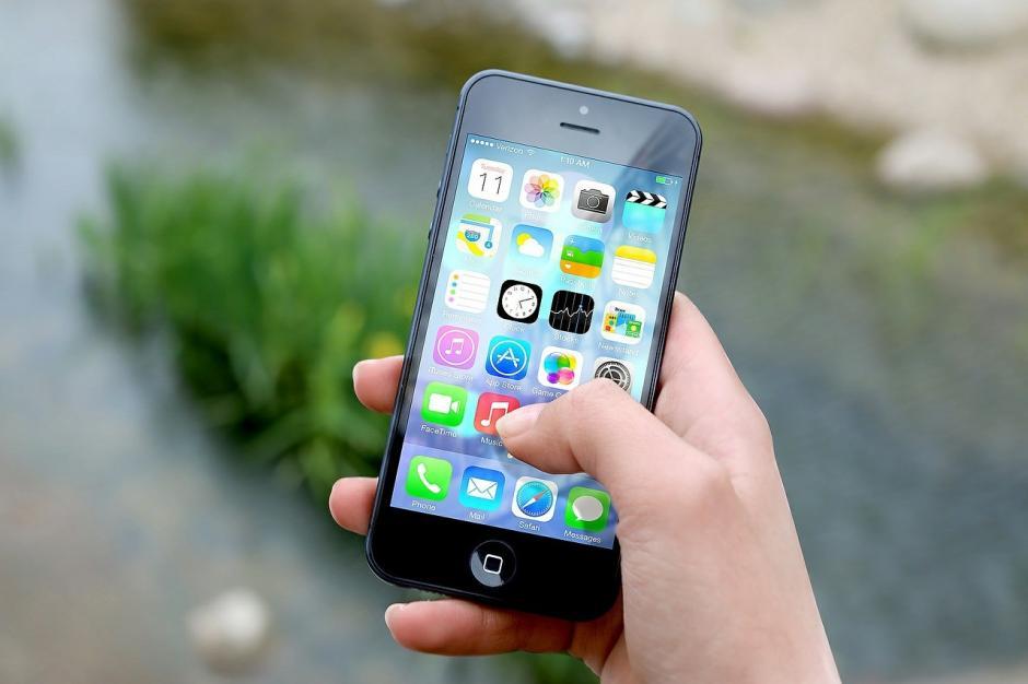 Sigue estos sencillos consejos para maximizar la vida de tu celular. (Foto: actualidad RT)