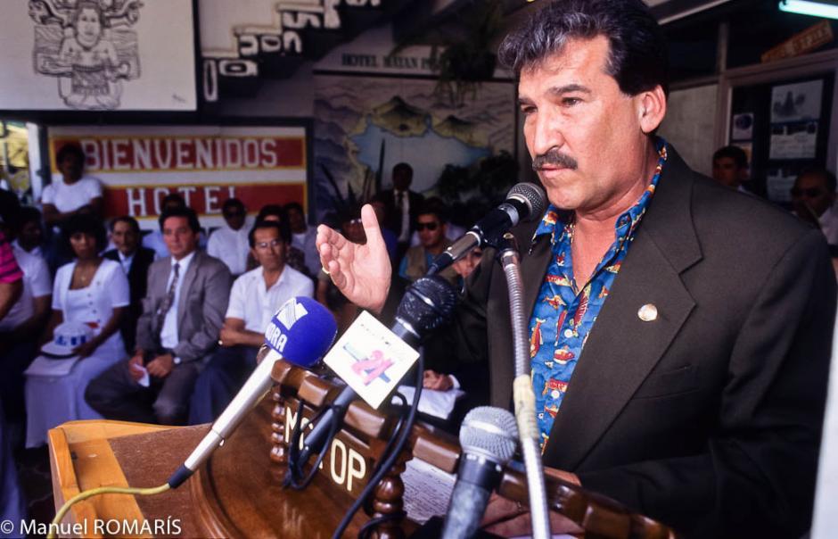Ramiro de León Carpio fungió como presidente entre 1993 y 1996 fue nombrado por el Congreso de la República, luego de que Serrano Elías abandonara el cargo. (Foto: Archivo/Internet)