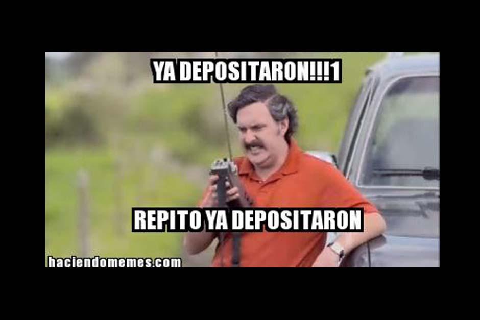 """Pablo Escobar también forma parte de los """"memes"""" de fin de mes. (Foto: Twitter)"""