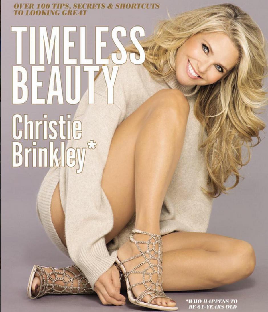 """Christie Brinkley es la protagonista de la portada de su libro """"Timeless Beauty"""".(Foto: Instagram/Christie Brinkley)"""
