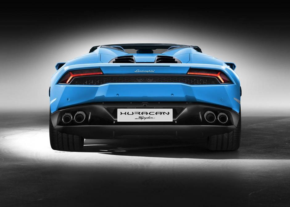Huracán Spyder contará con dirección de desmultiplicación variable, con amortiguadores de dureza variable de tipo magnetoreológico en el volante para seleccionar la respuesta de motor, transmisión, escape o tracción en modos Strarda, Sport y Corsa.(Foto: autopista.es)